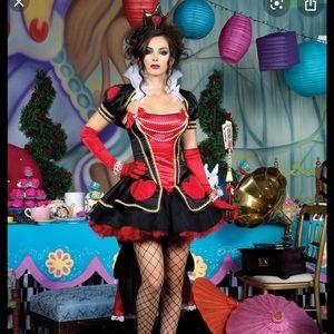 🎃👻Deluxe Queen of Hearts Costume 🎃👻